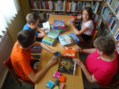 F6: Pomysłowe wakacje – biblioteczne wakacje