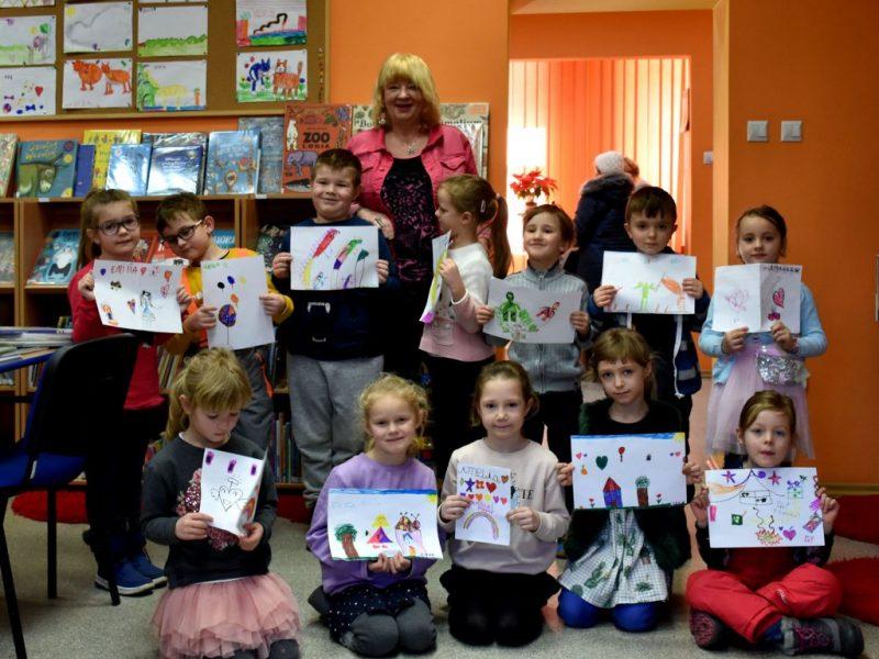 F4: Przedszkolaki poznają świat książek